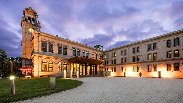 Exterior shot of Werribee Mansion Day Spa