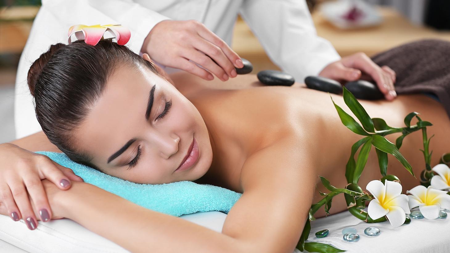 massazh-spa-salon-porno-foto-podglyadivat-za-balerinami