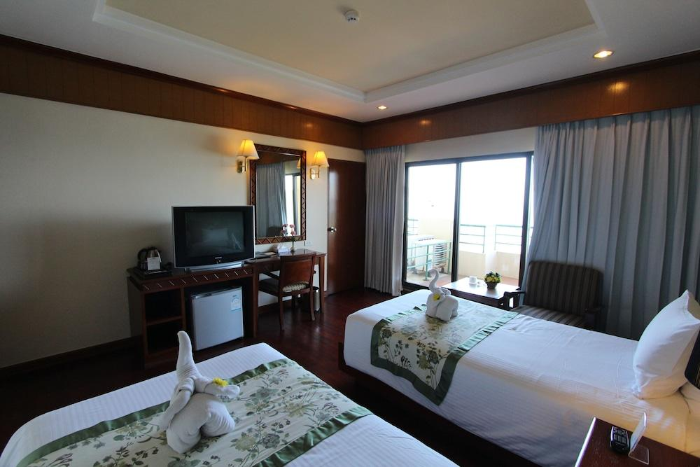 image 1 at Garden Sea View Resort by 207/1 Moo 5 Soi Naklua 12 Pattaya-Naklua Road, Pattaya North Pattaya Chonburi 20150 Thailand