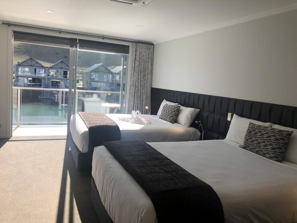 image 1 at The Lake Resort - Heritage Collection by 15-23 Perriam Place Pisa Moorings Cromwell 9383 New Zealand