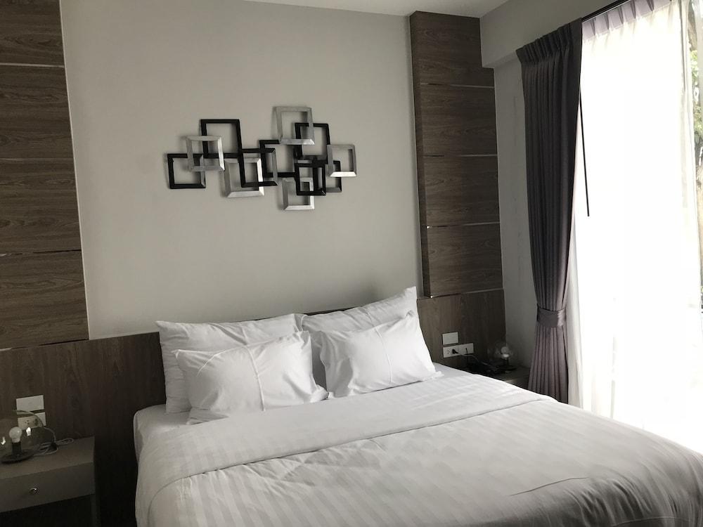 image 1 at V20 Boutique Hotel By Locals by 185 /1 Vibhavadi Rangsit 20 Alley Lane 3-4 Vibhavadi Rangsit Road Bangkok Bangkok 10900 Thailand