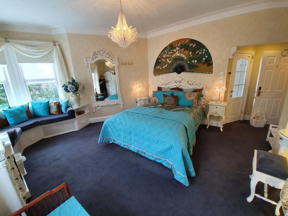 image 1 at Tower Guest House by 2 Feversham Crescent York England YO31 8HQ United Kingdom