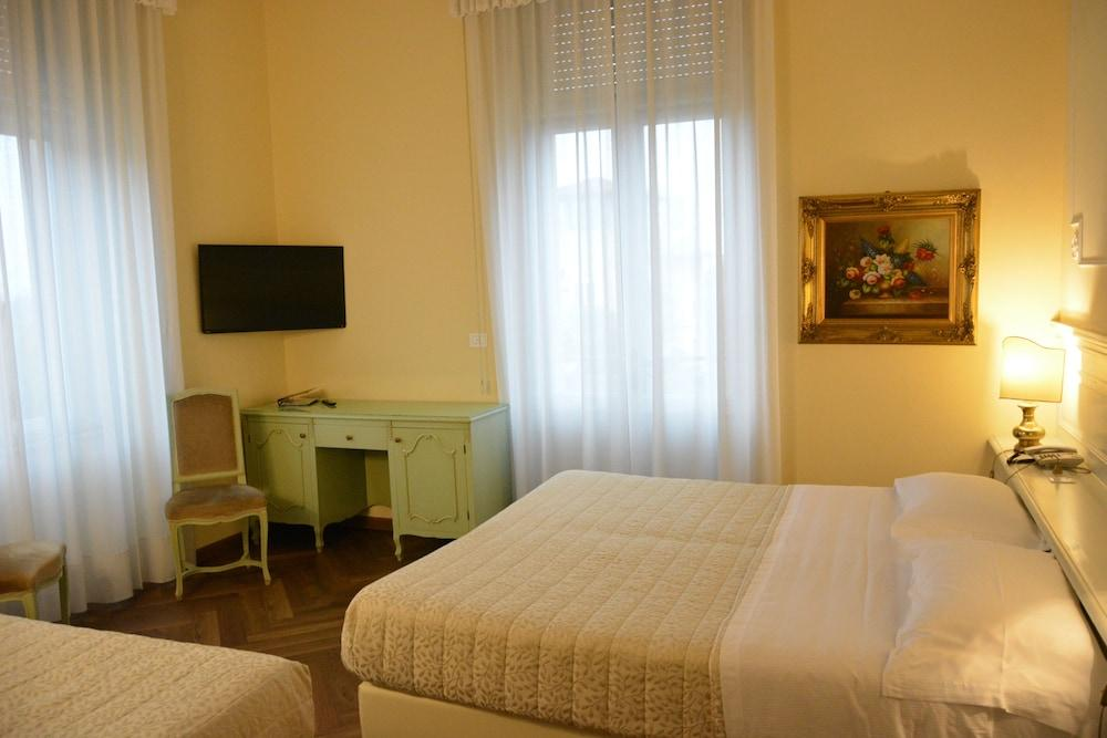 image 1 at Grand Hotel Liberty by Viale Carducci 3/5 Riva del Garda TN 38066 Italy