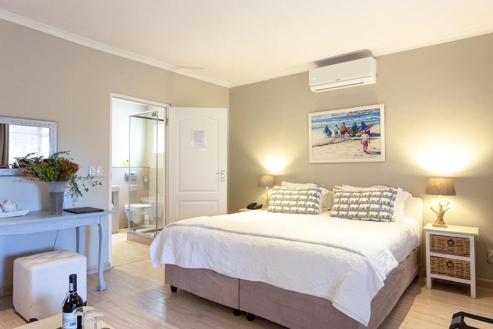 image 1 at Whale Rock Luxury Lodge by 26 Springfield Ave Westcliff Hermanus Western Cape 7200 South Africa