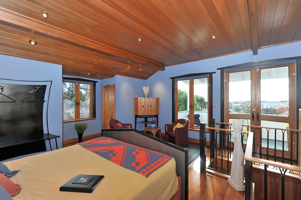 image 1 at Shelbourne Villa by 21 Shelbourne St Nelson 7010 New Zealand