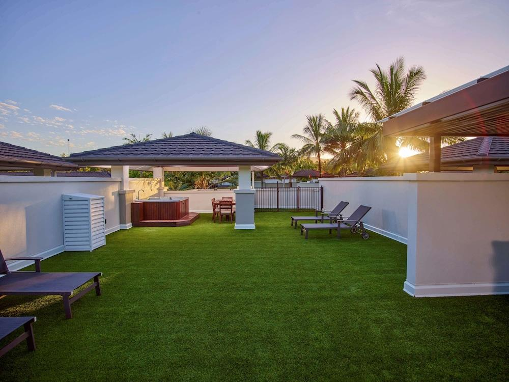 image 1 at Pullman Port Douglas Sea Temple Resort and Spa by Mitre Street Craiglie QLD Queensland 4877 Australia