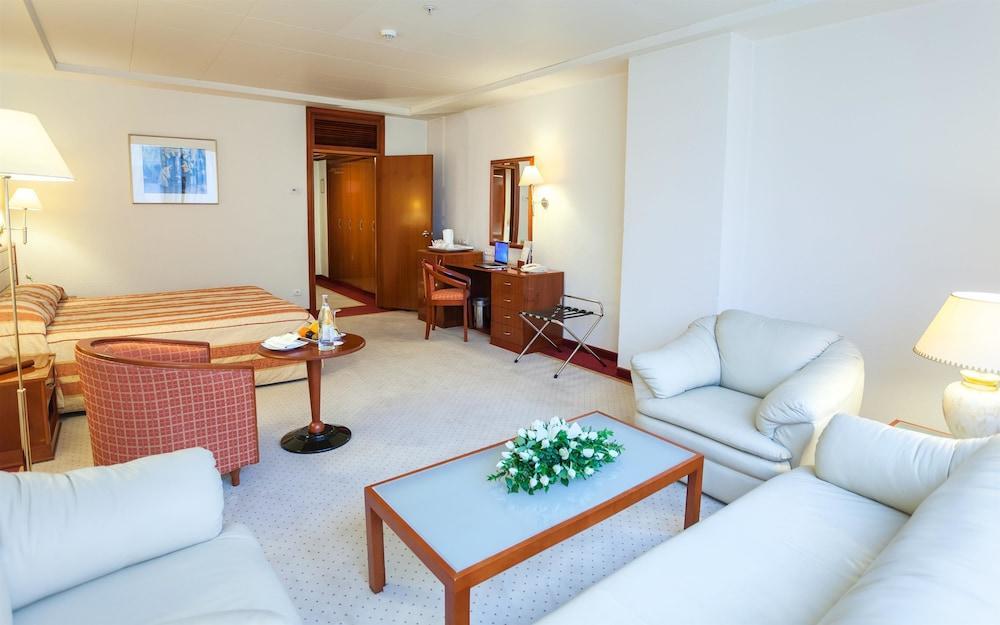 image 1 at Hotel Africa by N 50 Av. Habib Bourguiba bp73 Tunis 1001 Tunisia