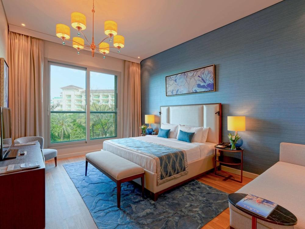 image 1 at Rixos The Palm Luxury Suite Collection by East Crescent Plot 40 Palm Jumeirah Dubai United Arab Emirates