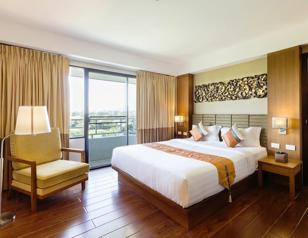 image 1 at Asia Hotels Group (Poonpetch Chiangmai) by 4 Mungsat Rd., T. Nonghoi A. Muang Chiang Mai Chiang Mai 50000 Thailand