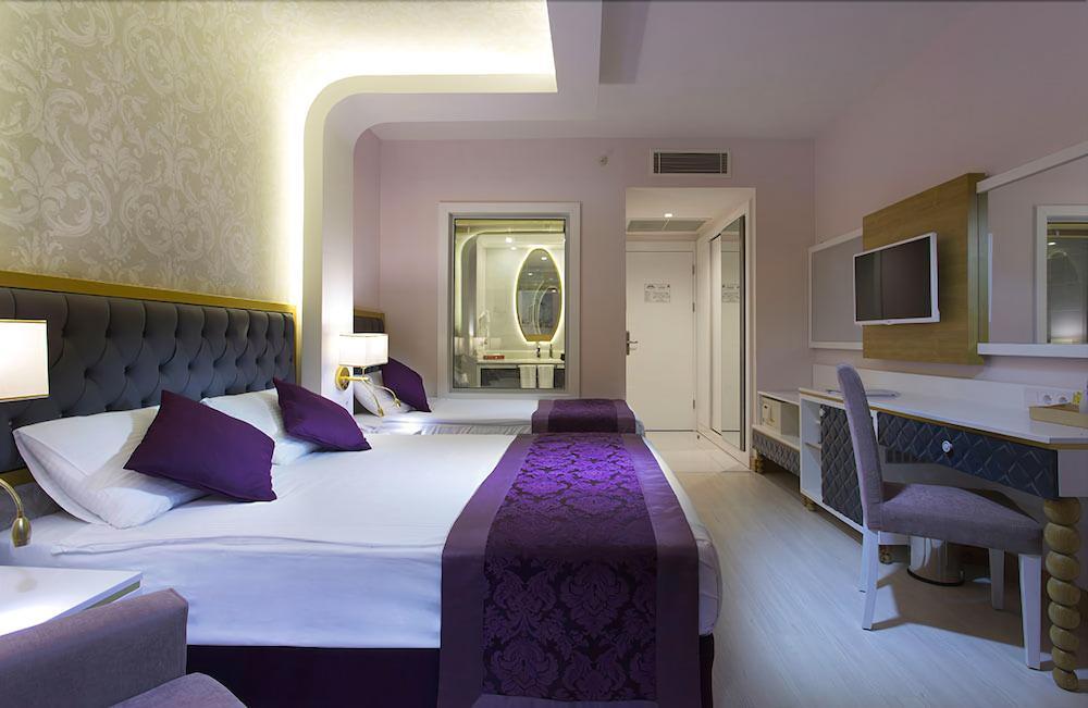 image 1 at Water Side Resort & Spa Hotel - All Inclusive by Titreyengöl Mevkii Side Antalya 7600 Turkey