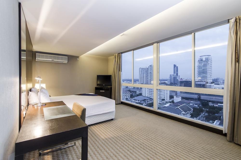 image 1 at The Narathiwas Hotel & Residence Sathorn Bangkok by 379 Narathiwas, Soi 24 Sathupradit, Chongnonsee Bangkok Bangkok 10120 Thailand