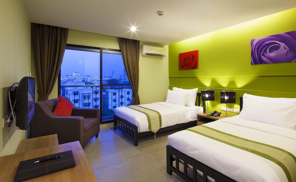 image 1 at Livotel Hotel Lat Phrao Bangkok by 707 Soi Lat Phrao 130, Lat Phrao Rd. Bang Kapi Bangkok Bangkok 10240 Thailand