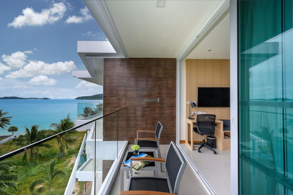 image 1 at Best Western Plus The Beachfront by 25/46, Moo 5, Wiset Rd Amphoe Mueang Rawai Phuket 83130 Thailand