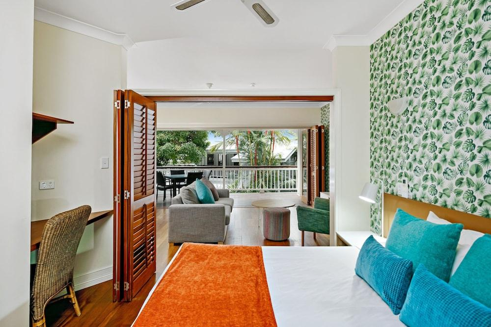 image 1 at Mantra On The Inlet by Corner Wharf & Macrossan Street Port Douglas QLD Queensland 4877 Australia