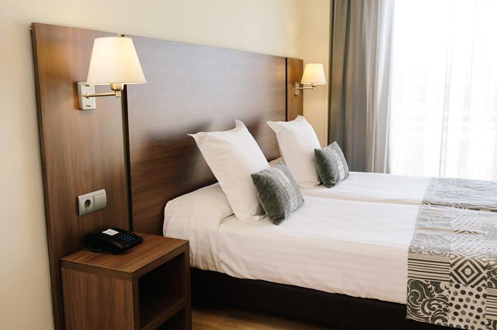image 1 at Acqua Hotel Salou by C/ Alfons V, 9 Salou 43840 Spain