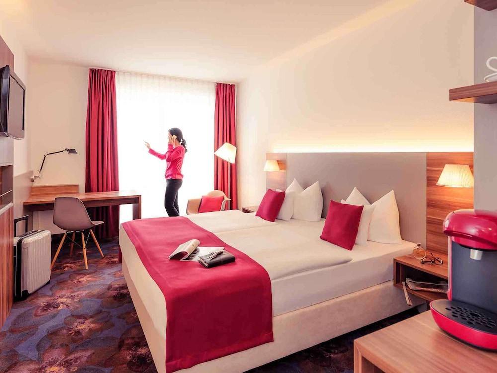 image 1 at Mercure Hotel Regensburg by Grunewaldstr. 16 Regensburg BY 93053 Germany