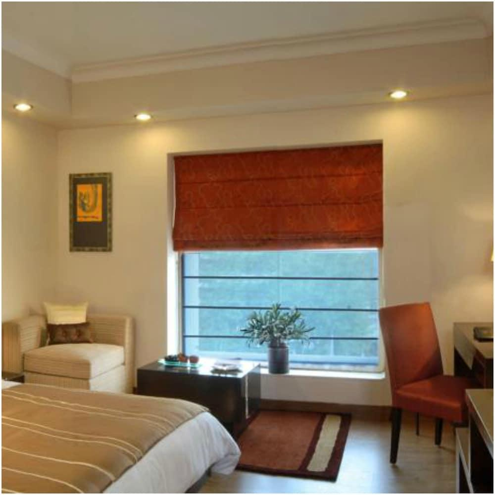 image 1 at Fortune Inn Grazia, Noida - Member ITC Hotel Group by Block I, Plot 1A, Sector - 27 Noida Uttar Pradesh 201 301 India