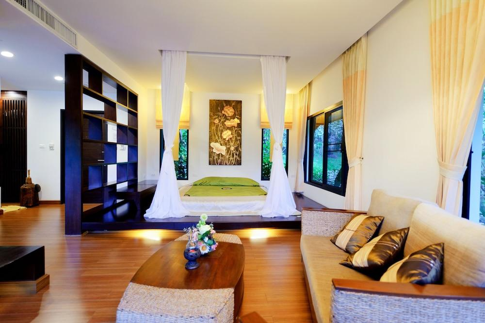image 1 at Chiangmai Highlands Golf and Spa Resort by 167 Moo 2 Onuar Mae On 50130 Thailand
