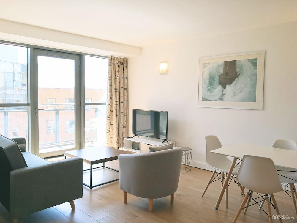 image 1 at West One Panorama by 18 Fitzwilliam Street Sheffield England S1 4JQ United Kingdom
