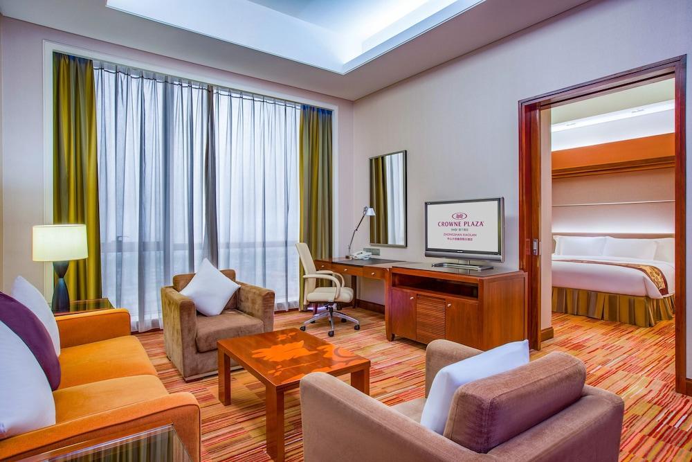 image 1 at Crowne Plaza Zhongshan Xiaolan, an IHG Hotel by 18 Shengping Zhong Rd. Xiaolan Zhongshan Guangdong 528415 China