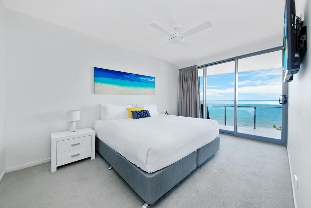 image 1 at Salt Apartments by 32-34 Anzac Parade Yeppoon QLD Queensland 4703 Australia
