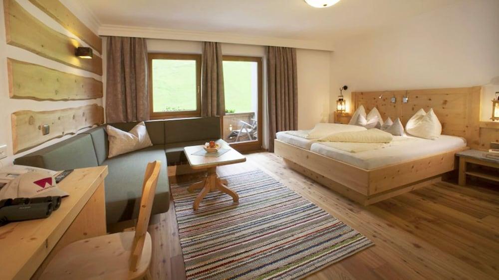 image 1 at Hotel Tuxertal by Lanersbach 338 Tux Tirol 6293 Austria
