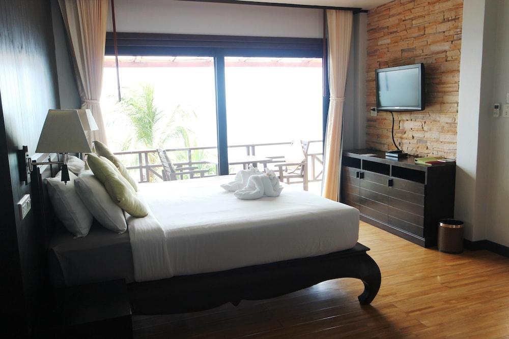 image 1 at Moonlight Exotic Bay Resort by 69 Moo 8 Ban Klongtob Ko Lanta Krabi 81150 Thailand