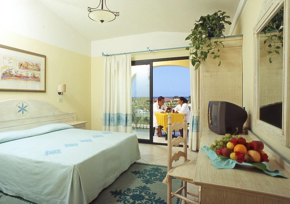 image 1 at Club Hotel Marina Beach by Localita Marina di Orosei Orosei NU 8028 Italy