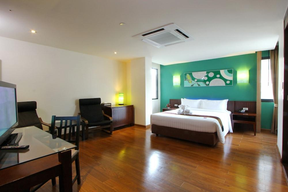 image 1 at Hotel Mermaid Bangkok by 6 Soi Sukhumvit 29, Sukhumvit Road Kwaeng Klongtoey Nua, Khet Wattana Bangkok Bangkok 10110 Thailand