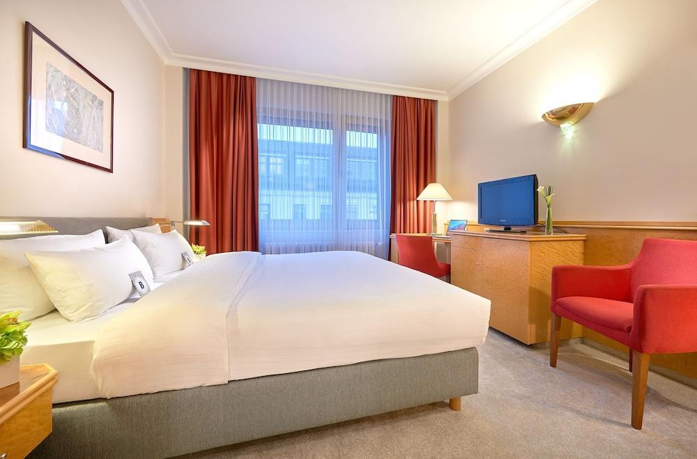 image 1 at Hotel Bristol Berlin by Kurfuerstendamm 27 Berlin BE 10719 Germany
