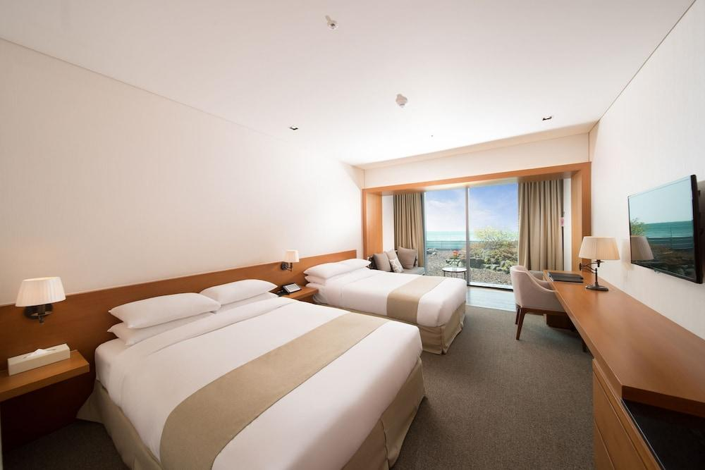image 1 at The We Hotel by 453-95, 1100-ro Seogwipo Jeju Island 697-330 South Korea