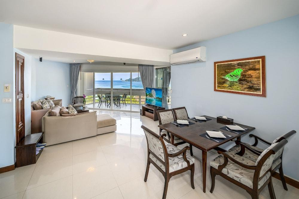 image 1 at Andaman Beach Suites Hotel by 60/12 Rat-Uthit Song Roi Pee Road Patong Phuket 83150 Thailand
