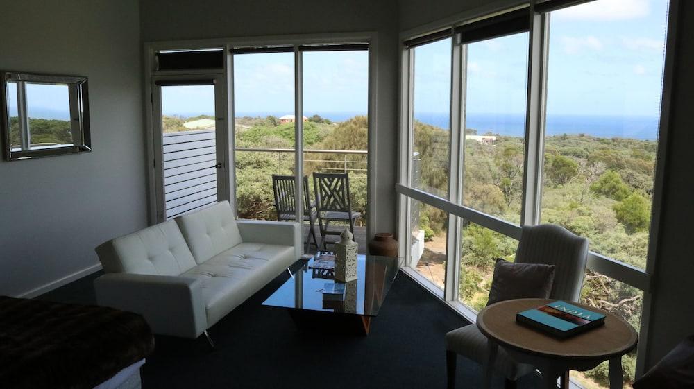 image 1 at Views Cape Schanck - Pet Friendly Accommodation by 41 Trent Jones Drive Cape Schanck VIC Victoria 3939 Australia