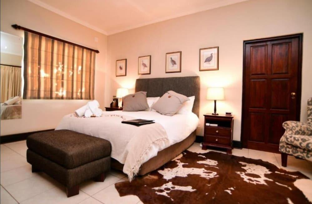 image 1 at Cygnature Boutique Lodge by 3 Oaks Farm Modderrivier Northern Cape 8700 South Africa