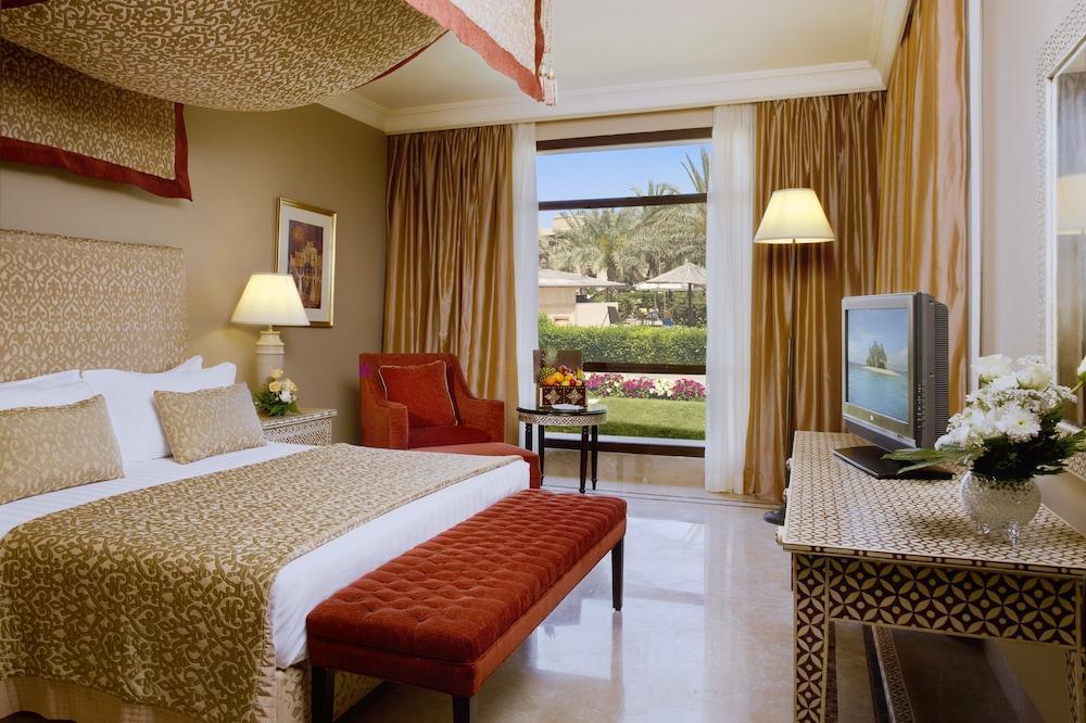 image 1 at Miramar Al Aqah Beach Resort by Dibba Road Po Box 5218 Al Aqah 00000 United Arab Emirates
