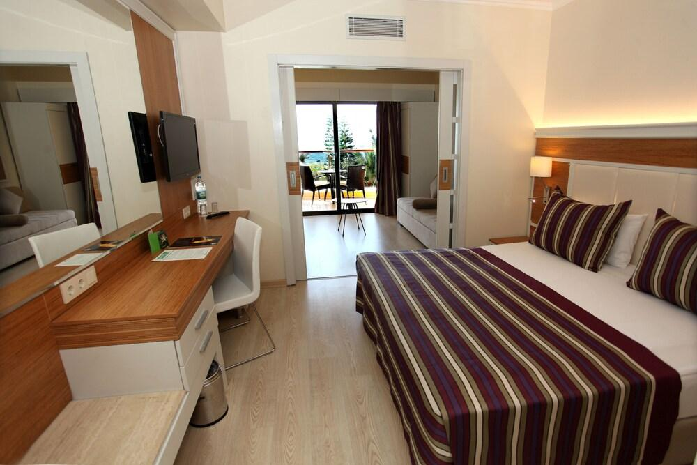 image 1 at Pegasos Royal Hotel - All Inclusive by Incekum Kasabasi D-400 Cad Alanya Antalya 07470 Turkey