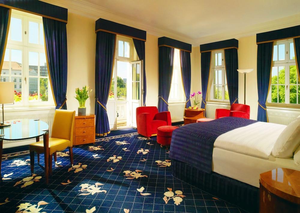 image 1 at Hotel Fuerstenhof Leipzig by Troendlinring 8 Leipzig SN 4105 Germany