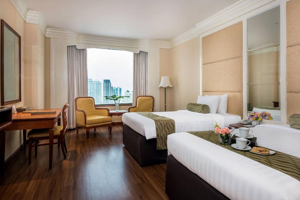 image 1 at The Emerald Hotel by 99/1 Rachadapisek Road Dindaeng Bangkok 10400 Thailand