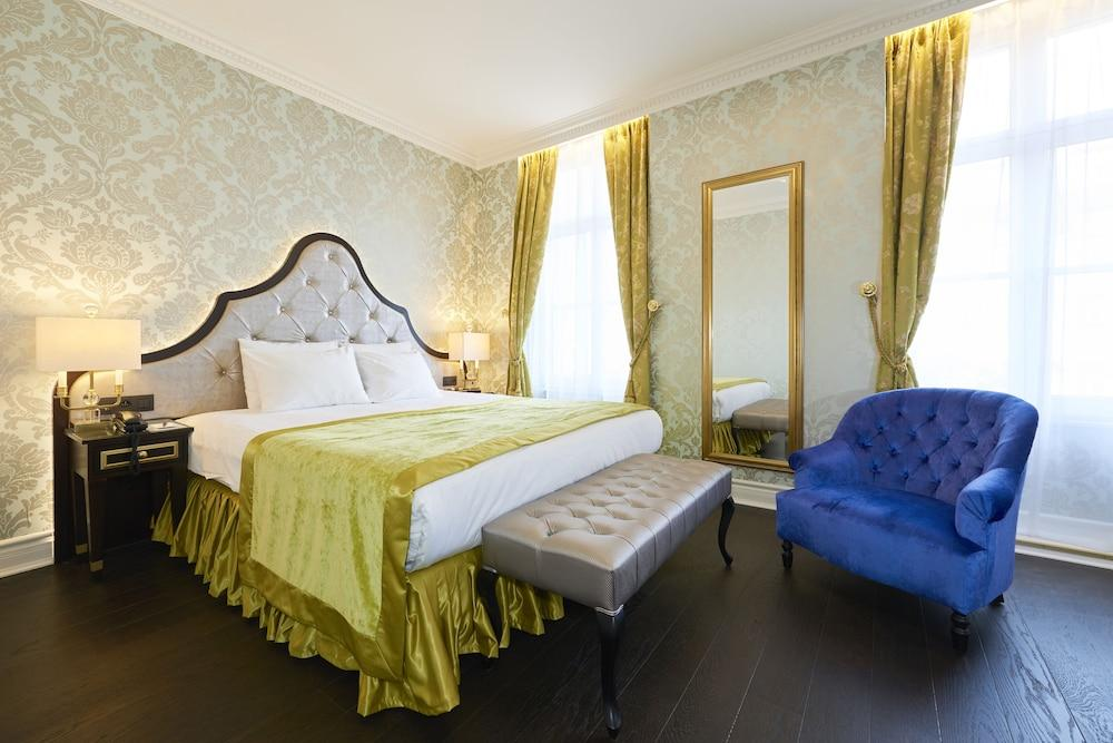 image 1 at Stanhope Hotel Brussels by Thon Hotels by Rue Du Commerce 9 Brussels 1000 Belgium