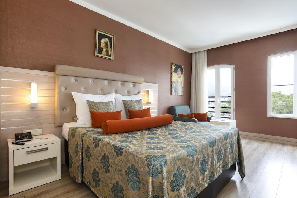 image 1 at Orange County Resort Hotel Kemer - All Inclusive by Atatürk Bulvari Yeni, Mah. Kemer Antalya 07980 Turkey