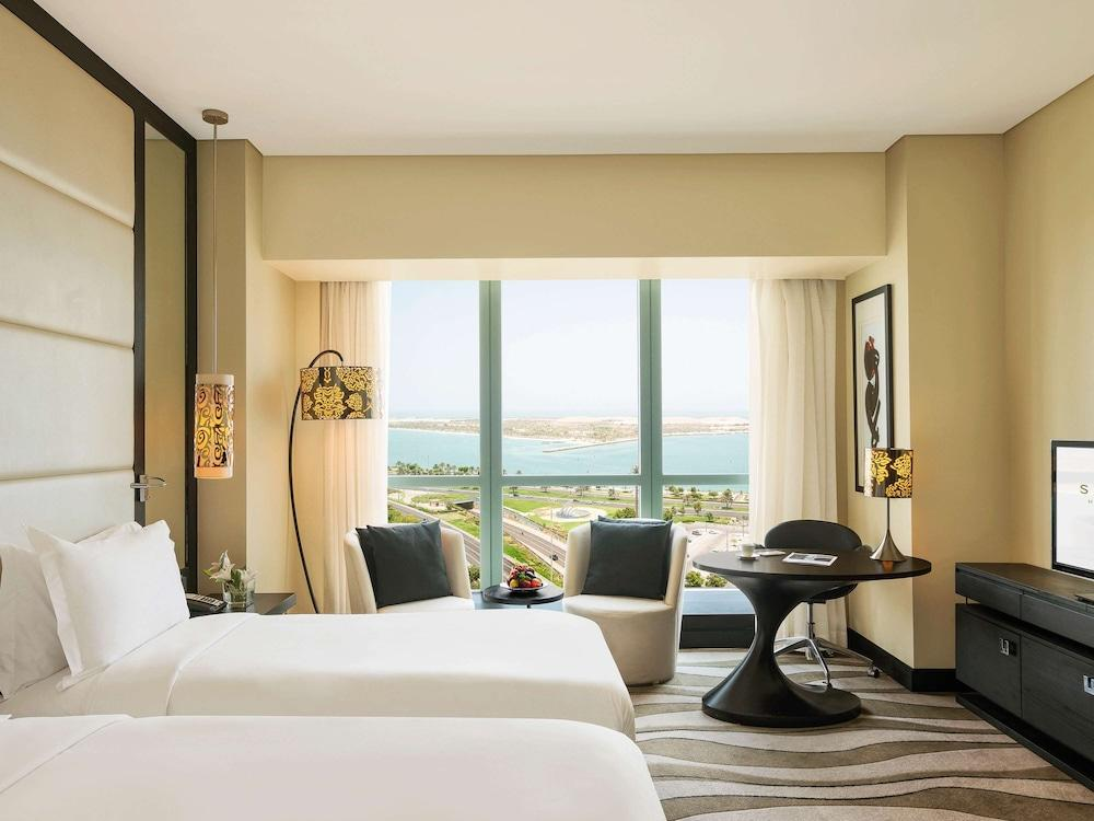 image 1 at Sofitel Abu Dhabi Corniche by Corniche Road East Capital Plaza Complex Abu Dhabi 44966 United Arab Emirates