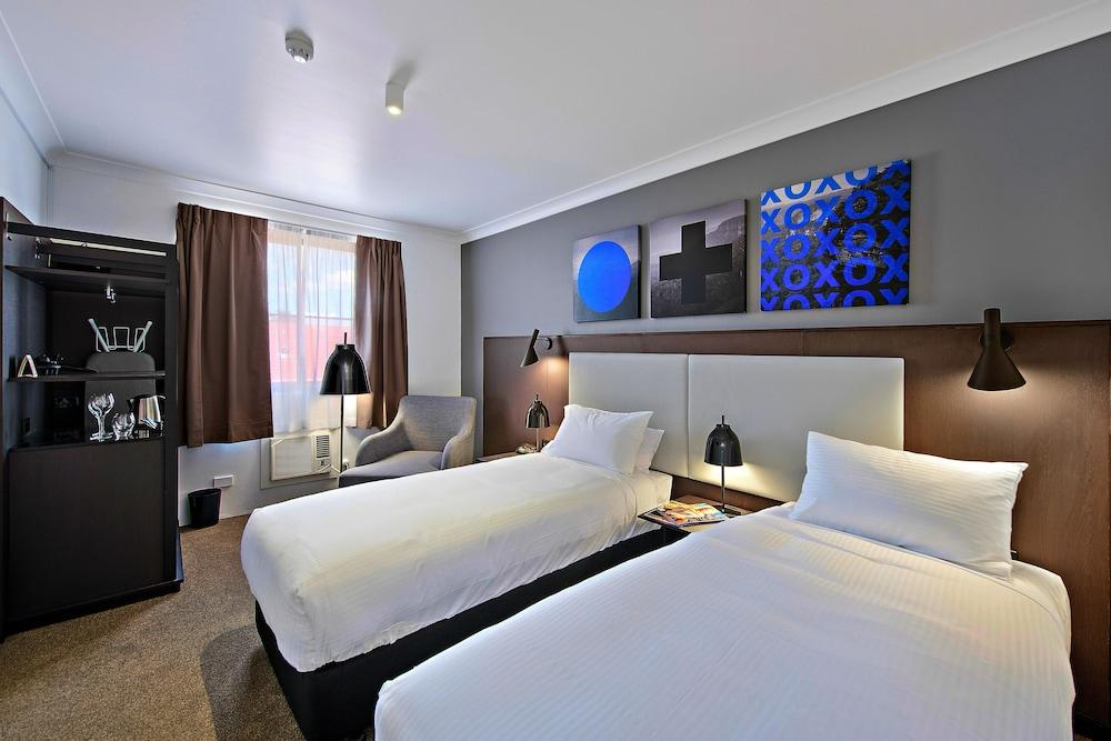 image 1 at CKS Sydney Airport Hotel by 35 Levey Street Wolli Creek NSW New South Wales 2205 Australia