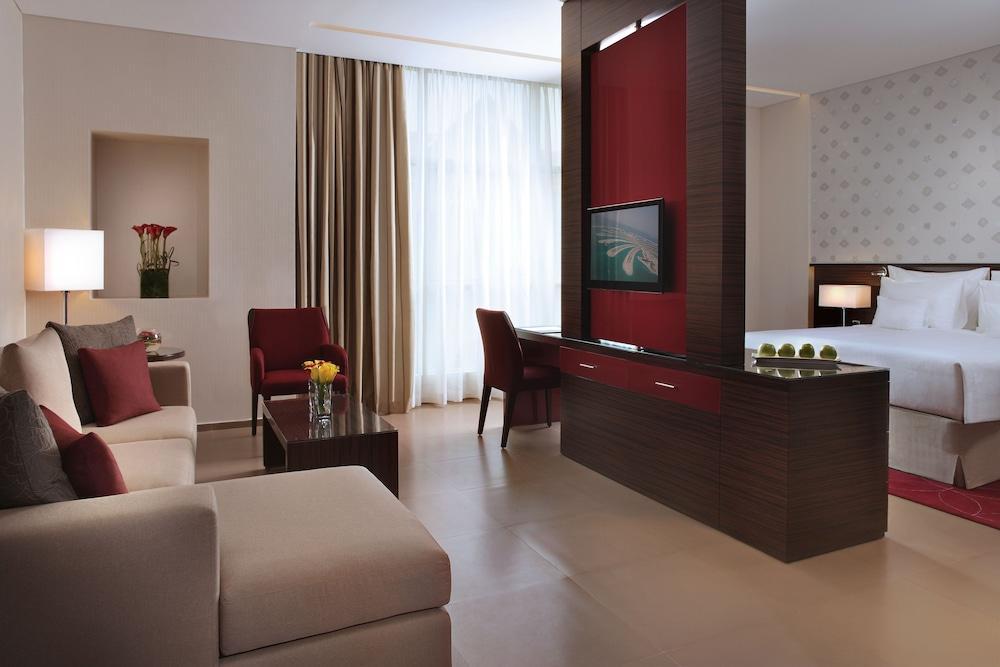 image 1 at Cosmopolitan Hotel by Al Barsha Behind Sharaf DG Metro Station Dubai 38250 United Arab Emirates
