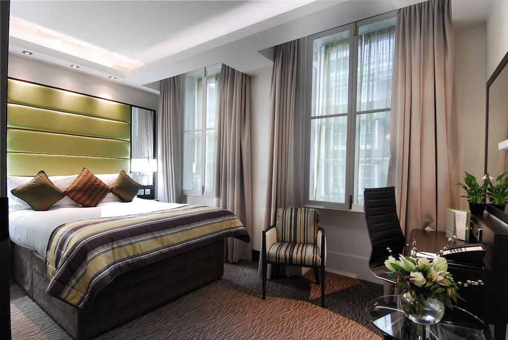 image 1 at Barbican Rooms by 42-46 Chiswell Street London England EC1Y 4SB United Kingdom