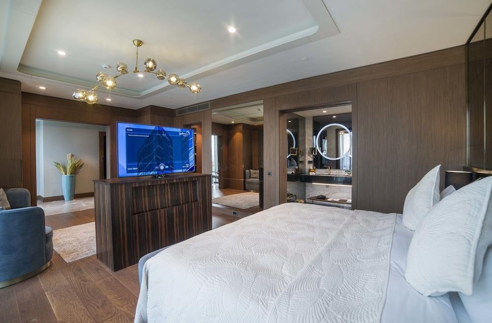 image 1 at Radisson Blu Hotel, Vadistanbul by Ayazaga Mahallesi Azerbaycan Cad. Sariyer, No.109/A Sariyer Istanbul 34485 Turkey