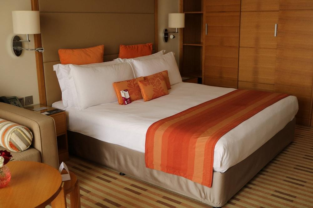 image 1 at Crowne Plaza Sohar, an IHG Hotel by Falaj Al Qabail Roundabout Sohar Al Batinah North Governorate 322 Oman