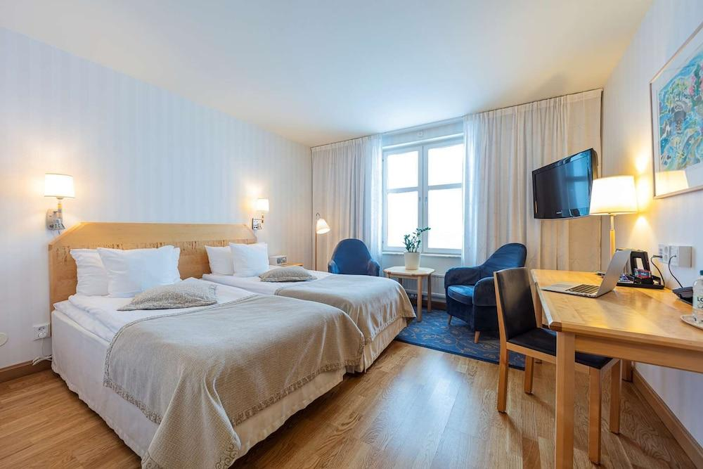 image 1 at Landvetter Airport Hotel Best Western Premier Collection by Flygets Hotellvag Harryda 438 13 Sweden