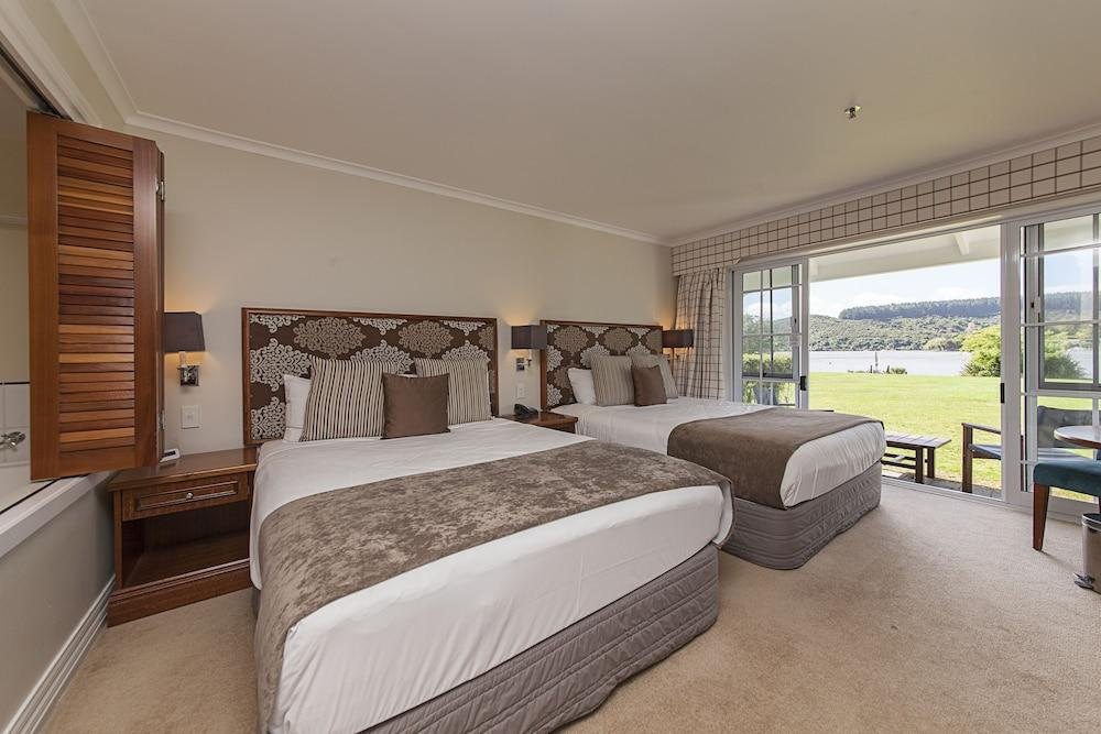 image 1 at VR Rotorua Lake Resort by 366 State Highway 33 Mourea 3074 New Zealand