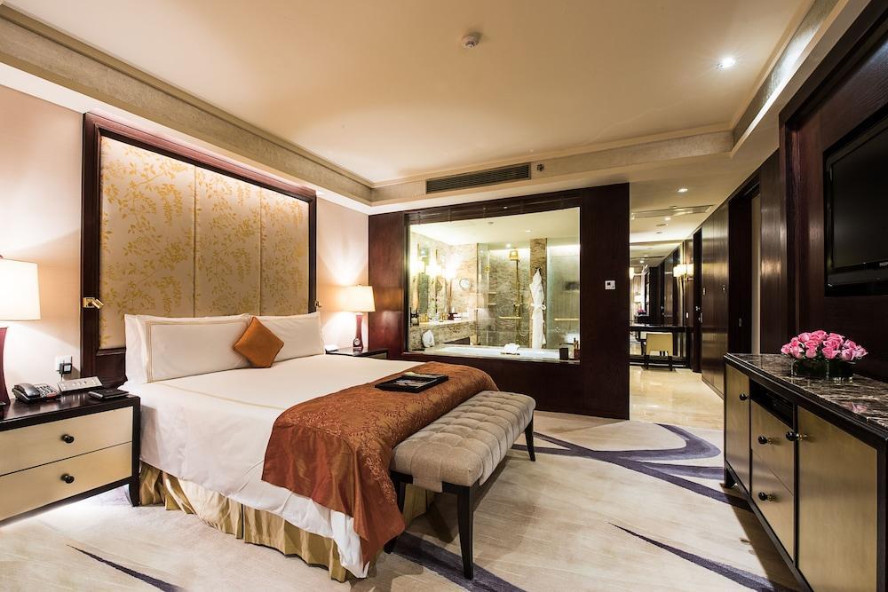 image 1 at Fairmont Beijing Hotel by No.8 Yong An Dong Li, Jian Guo Men Wai Avenue, Chaoyang District Beijing Beijing 100022 China