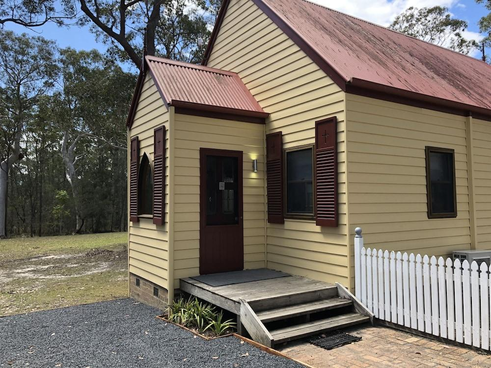 image 1 at Bay & Bush Cottages, Jervis Bay by 21 Pritchard Avenue Woollamia NSW New South Wales 2540 Australia